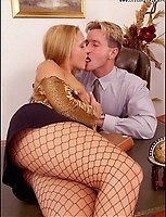 Boss Seduces A Secretary Wearing Hot Pantyhose In His Office