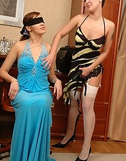 Blindfold babe almost getting off from skilful hands of experienced milf