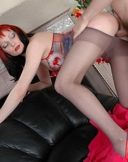 Redhead mature chick savoring pussy-licking right through her nylon tights