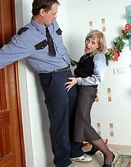 Aging lady inspecting policeman?s cock with her open twat right on floor