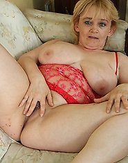 Kinky blonde mature slut fucking and sucking