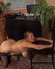Plumper housewife is banged on the floor