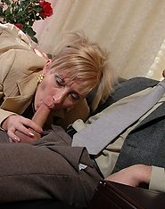 Horny mature chick prefers wild sex with well-hung guy to boring documents