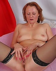 Mature slut having a interracial fuckfest